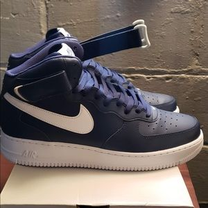 Air Force 1's Navy & White Sz 12 Mint Condition